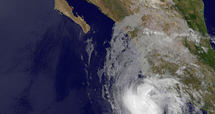 Mexico Pacific resorts brace for hurricane Bud