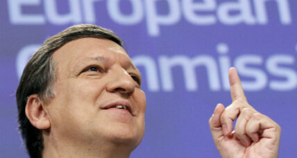 Strengthen the euro and reform the European Commission