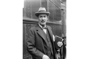 Howard Carter: 6 of his first moments in the tomb of King Tut ...