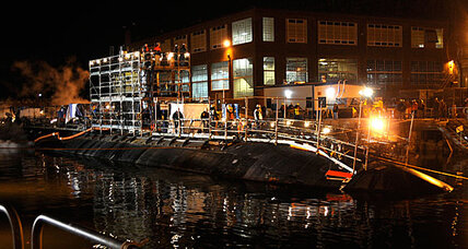 Nuclear sub fire doused, leaves seven with minor injuries