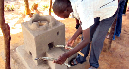 Heat-absorbing ceramic stoves cut fuel use