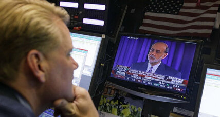 "Bernanke: US is facing ""fiscal cliff"""
