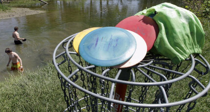 Wanted: Frugal new friends, for potlucks, disc golf