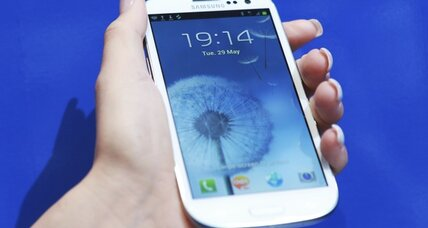 Samsung Galaxy S III is an iPhone contender: review