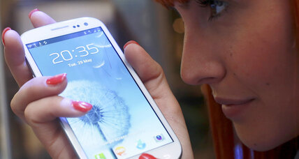 Much-hyped Samsung Galaxy S III revs toward US stores