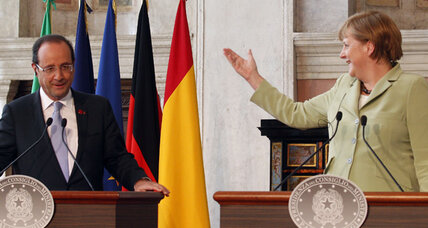 Merkel, Hollande sup on eve of monumental EU summit