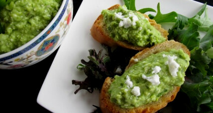 Meatless Monday: Spring pea and avocado crostini