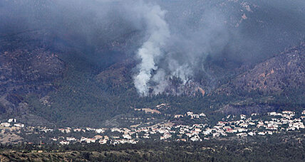 Waldo Canyon fire claims first fatality and 346 homes