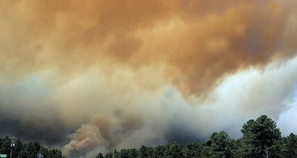 Western wildfires forcing evacuations in Colorado, New Mexico