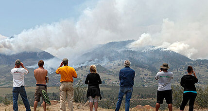 Colorado wildfire takes its first fatality (+videos)
