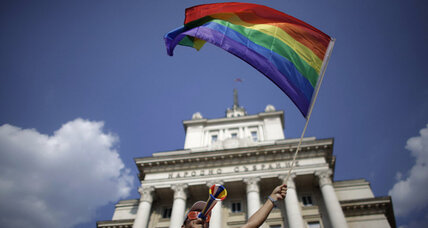Bulgaria gay parade peaceful, despite provocations