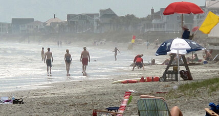 Lifeguard fired for saving man outside his 'zone.' Outsourcing gone wrong? (+video)
