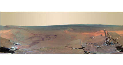 Mars rover beams amazing panorama back to Earth