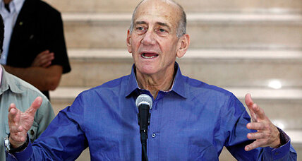 Former Israeli prime minister Olmert cleared of key corruption charges (+video)