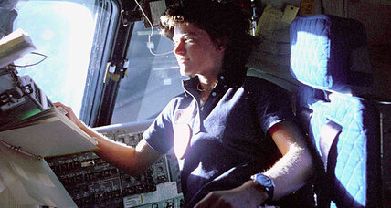 Astronaut Sally Ride 'broke barriers with grace and professionalism,' says NASA (+video)