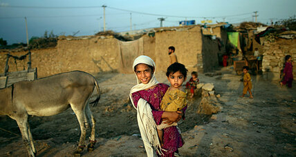 Pakistan to push out Afghan refugees