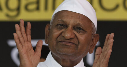 In India, Anna Hazare again drawing crowds against corruption