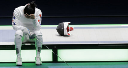 London 2012 fencing: Tearful appeal by South Korean delays finals