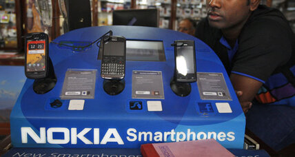 Nokia loses $1.7 billion, but Lumia phones kept it from being much worse