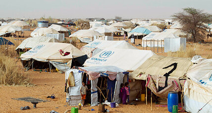 In Mauritanian refugee camp, Mali's Tuaregs regroup
