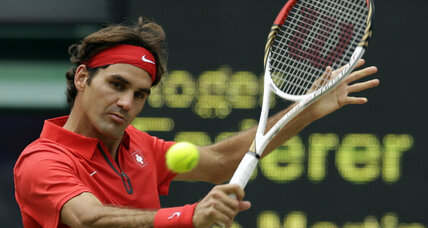 Roger Federer, in three-set marathon, shows the heart of an Olympian