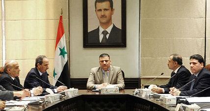 Syria: Despite prime minister's defection, Assad's inner circle intact (+video)