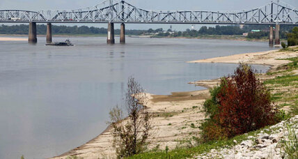 Army Corps of Engineers: Drought-exposed river sandbars a danger