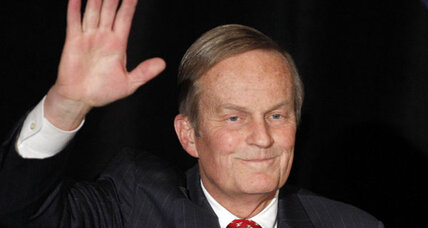 Deadline intensifies pressure on Rep. Todd Akin after rape remarks