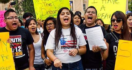 Illegal immigration: agents sue to block Obama's 'DREAM Act'