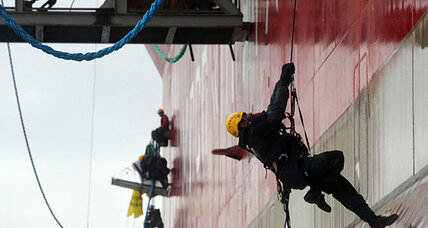 Greenpeace activists storm Russian oil platform