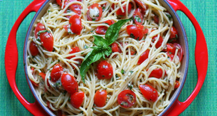 Summer joy: Tomato, brie, and herb pasta