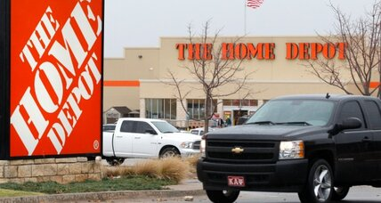 Home Depot profit, outlook brightens
