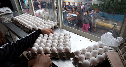 Mexico scrambles for eggs amid shortage