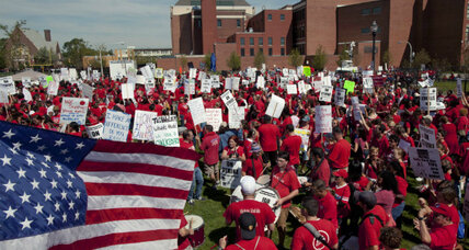 Chicago teachers strike: Illegal under Illinois law?