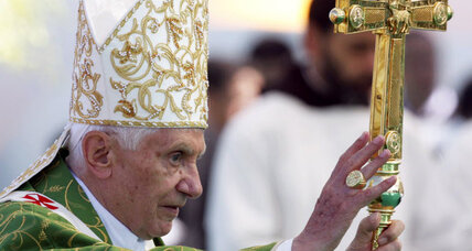 Pope Benedict, on tour in the Middle East, calls again for peace