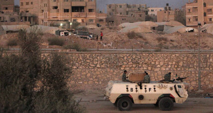 Islamic militants clash with Egyptian army, police in Sinai