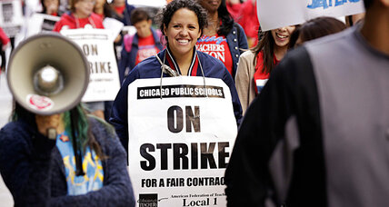 As strike goes on, parent support wavers for Chicago teachers