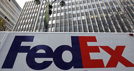 FedEx cuts service on dim global economy outlook