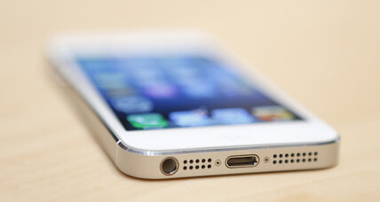 iPhone 5 pre-orders top 2 million in 24 hours: Apple