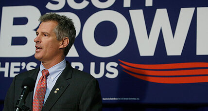 Sen. Scott Brown apologizes for tomahawk chops by staff