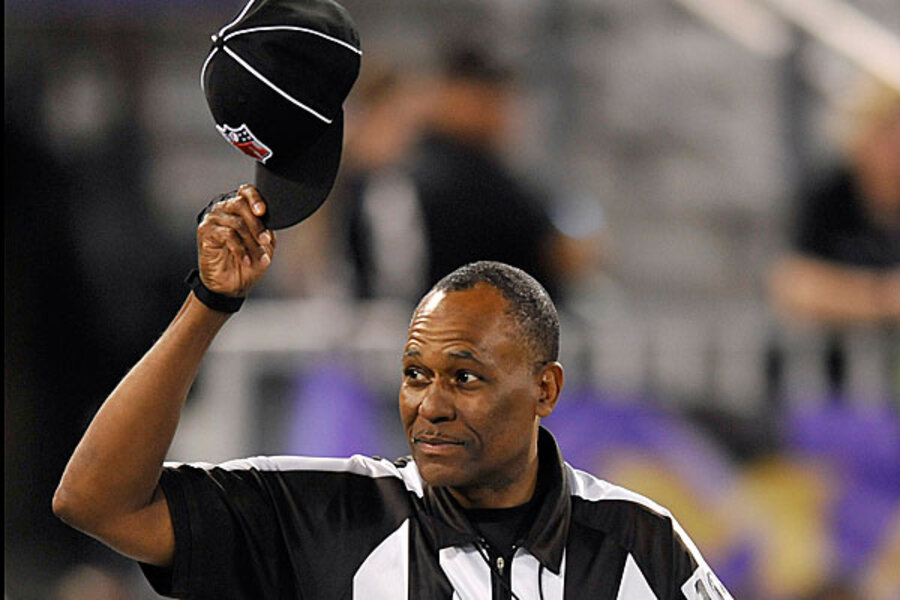 Order Returns To Gridiron Nfl Referees Receive Cheers