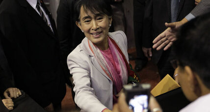 Aung San Suu Kyi wants sanctions against Myanmar(Burma) lifted