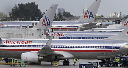 American Airlines: Loose seats prompt emergency landing, investigation