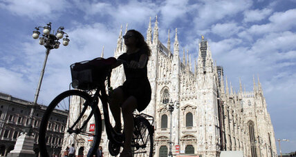 Arrivederci auto! Italy's bike purchases outstrip car sales.