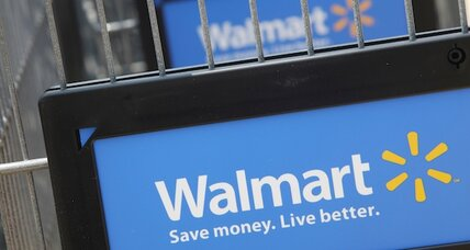 Wal-Mart launches prepaid card with American Express