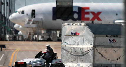 FedEx will add 20,000 workers for busy holiday season