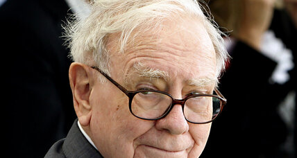 Warren Buffett: global economy sluggish; Bernanke should stay