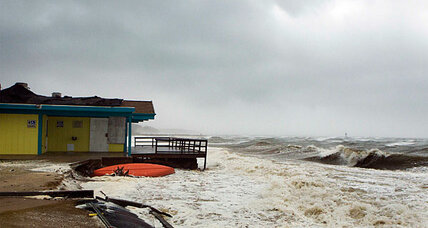 Hurricane Sandy surge could flood New York runways and subways