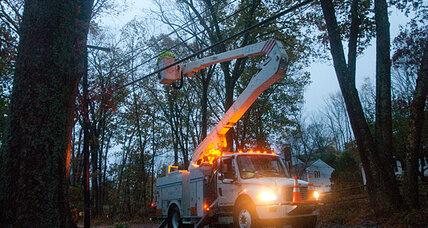 Hurricane Sandy: with 8.1 million in the dark, utility crews get busy