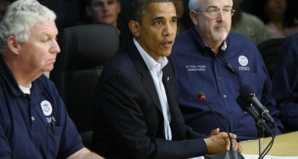 Hurricane Sandy liveblog: Obama says government will respond 'big and fast' (+video)